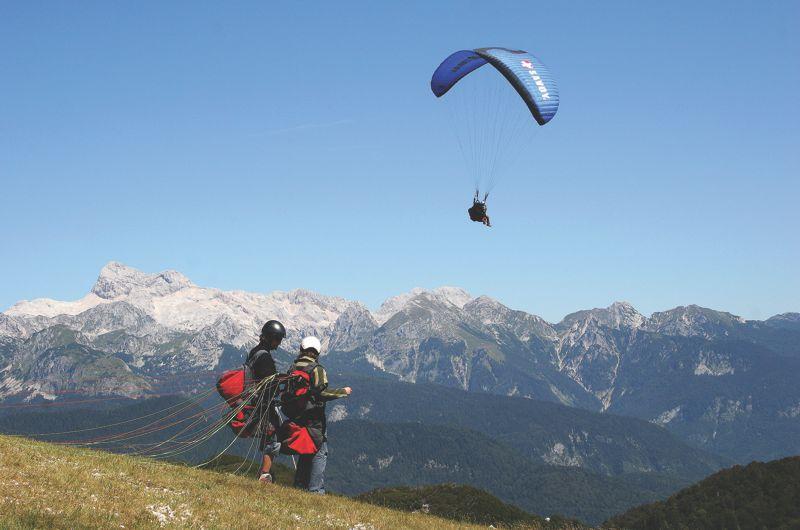 Paragliding adrenaline experience in Slovenia, Explore Slovenia with paragliding